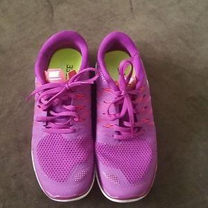 Nike free 5.0 sneakers  size 9